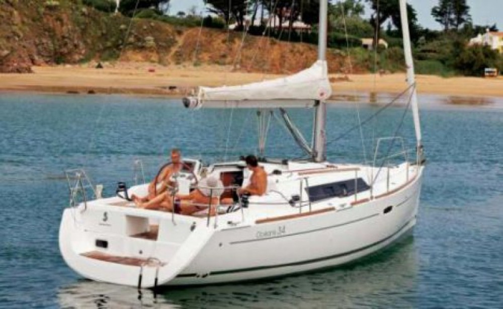Huur een Bénéteau Oceanis 34 in Arzon