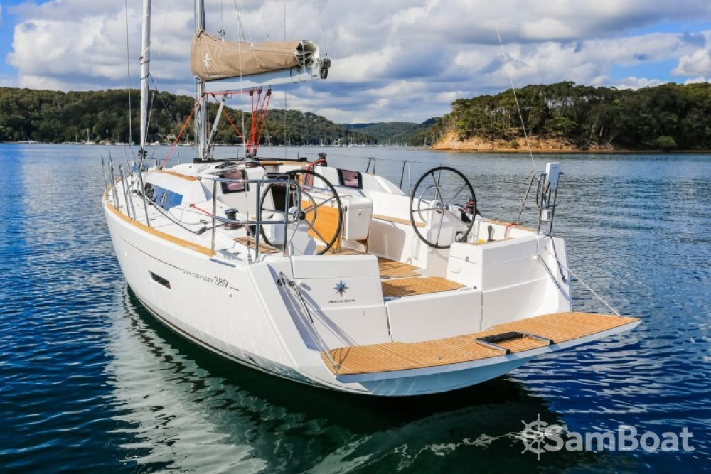 Jeanneau Sun Odyssey 389 DL te huur van particulier of professional in Arzon