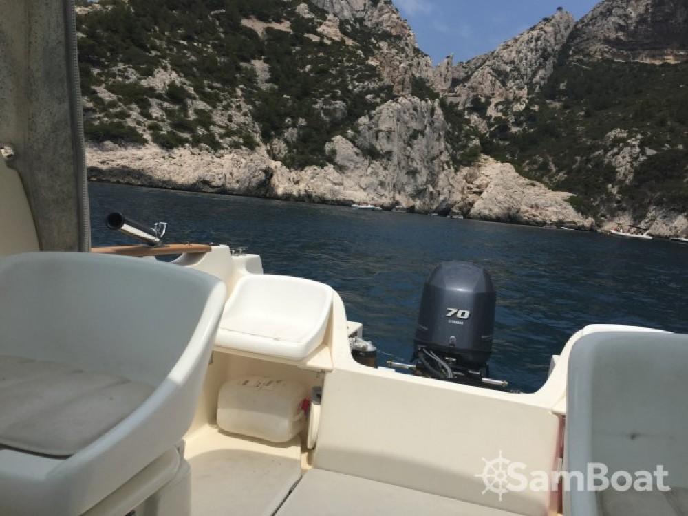 Huur Motorboot met of zonder schipper Jeanneau in Marseille