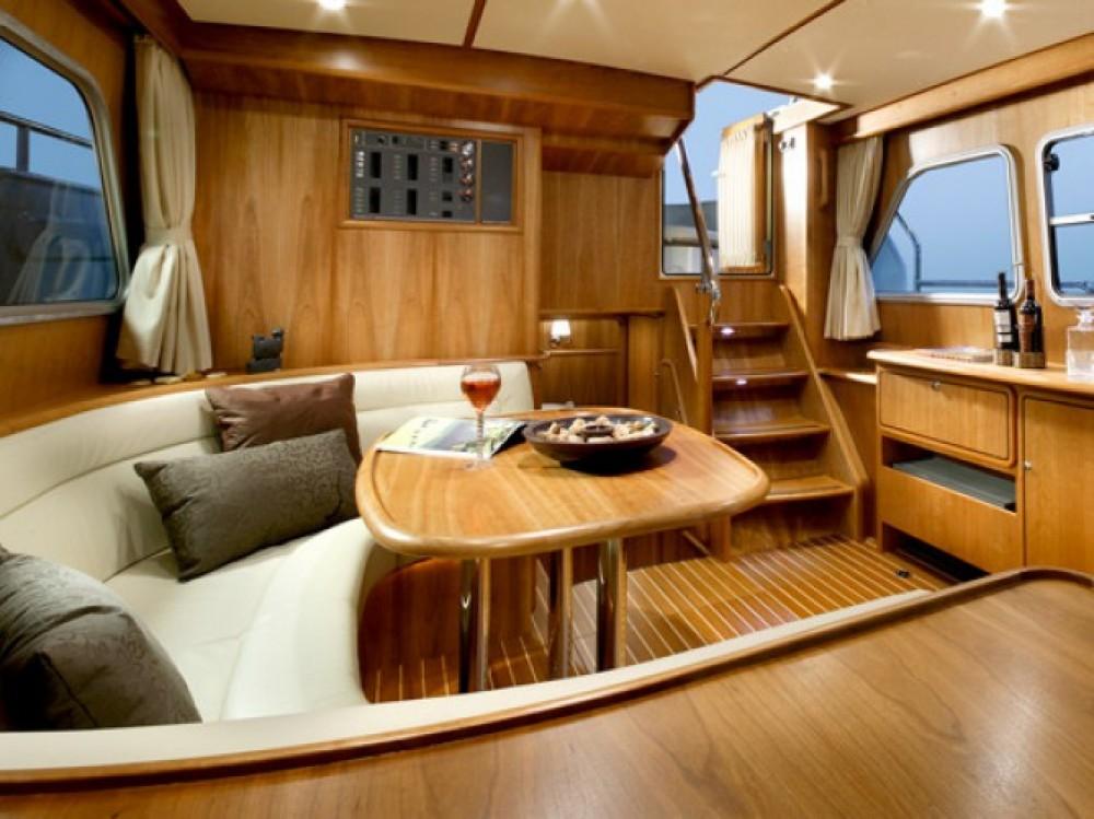 Bootverhuur Venetië goedkoop Linssen Grand Sturdy 410 AC