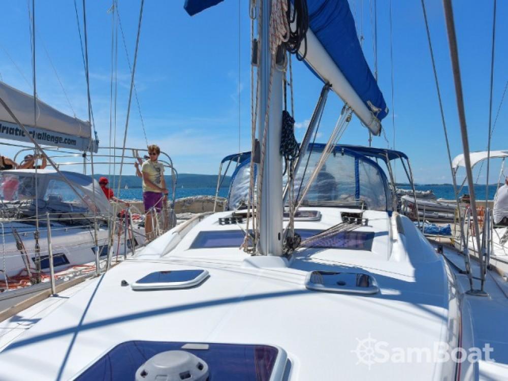 Huur Zeilboot met of zonder schipper Bénéteau in Grad Biograd na Moru