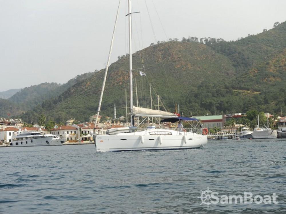 Bootverhuur Bénéteau Oceanis 40 in Marmaris via SamBoat