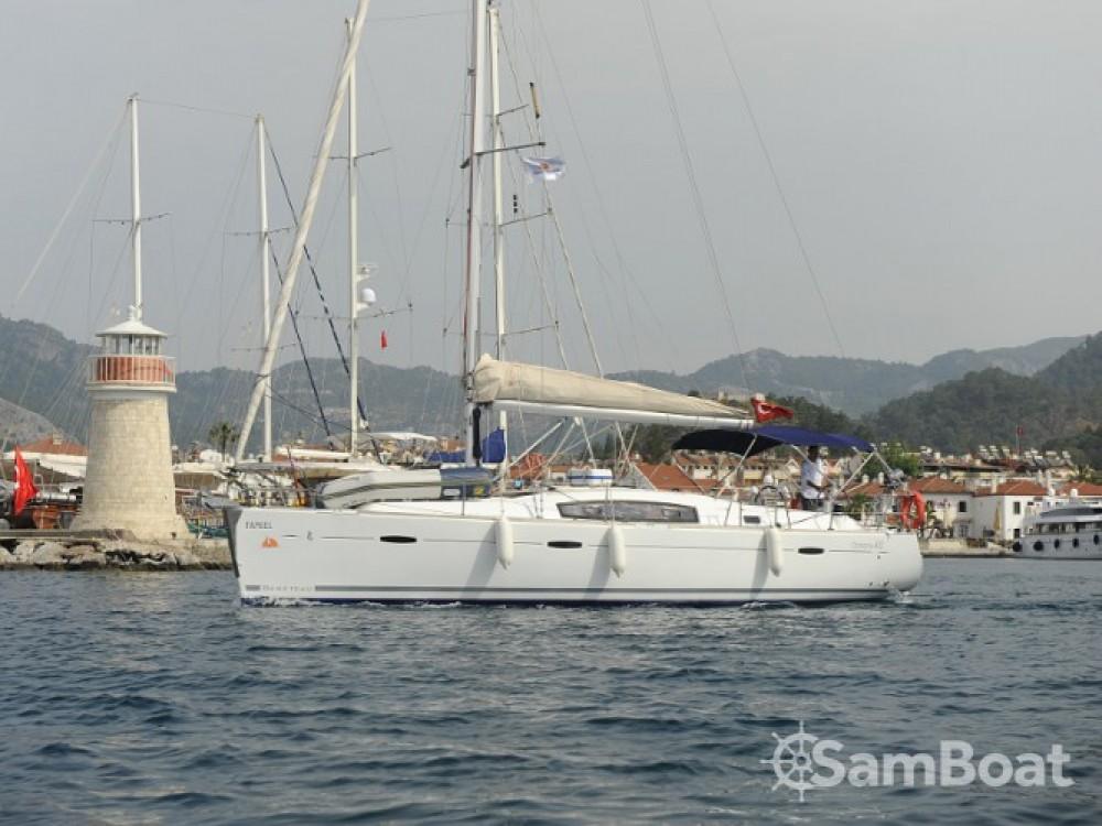 Huur een Bénéteau Oceanis 40 in Marmaris