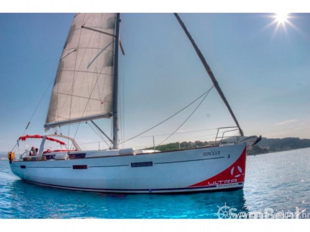 Bénéteau Oceanis 45 te huur van particulier of professional in Trogir