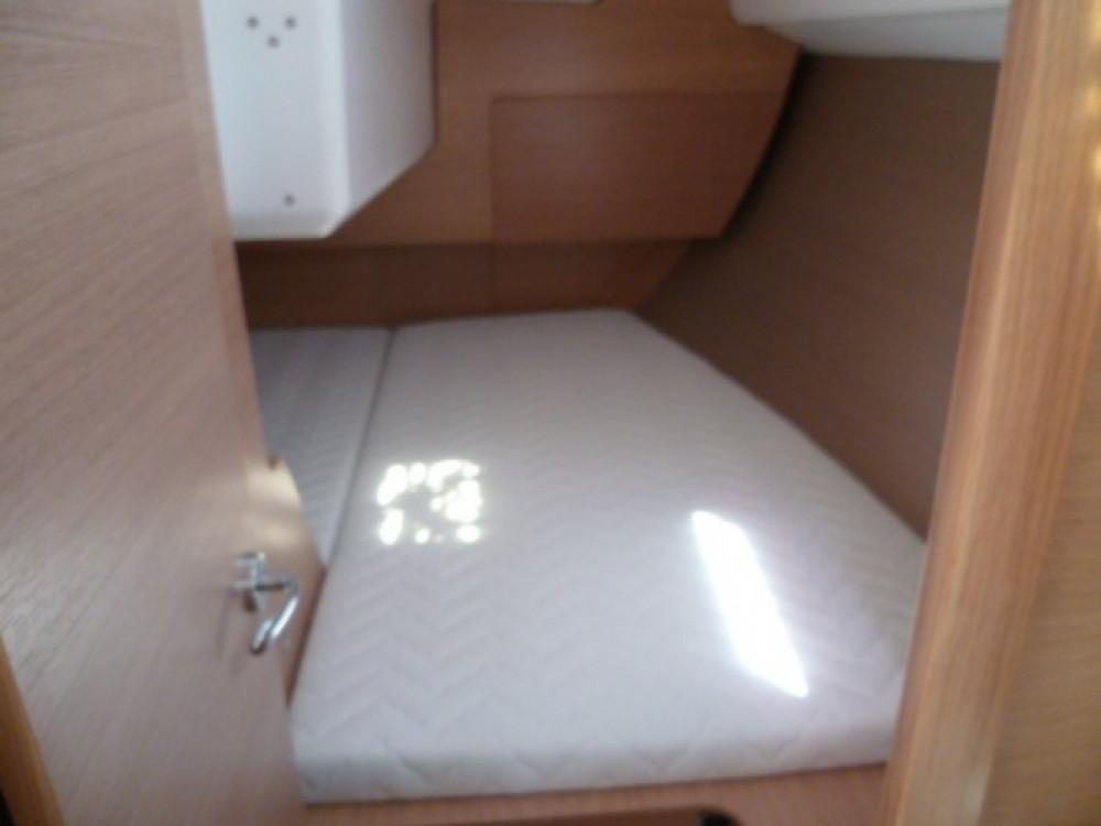 Bootverhuur Dufour Dufour 310 in Arzon via SamBoat