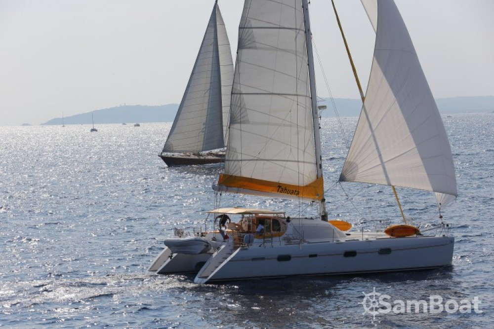 Privilege-Marine PRIVILEGE 585 te huur van particulier of professional in Ajaccio