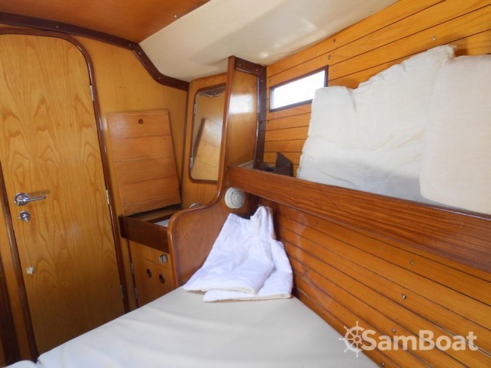 Bénéteau Oceanis 390 te huur van particulier of professional in Athènes