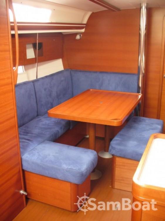 Dufour Dufour 375 Grand Large te huur van particulier of professional in Saint-Cyprien