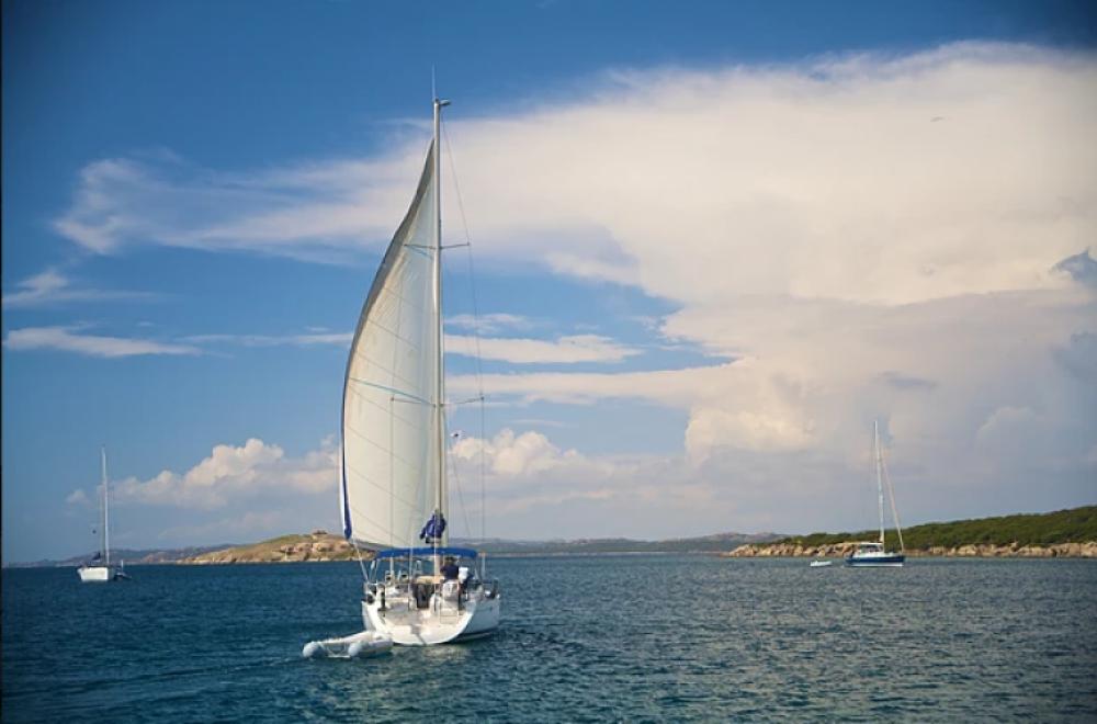 Huur Zeilboot met of zonder schipper Bénéteau in Pianotolli-Caldarello