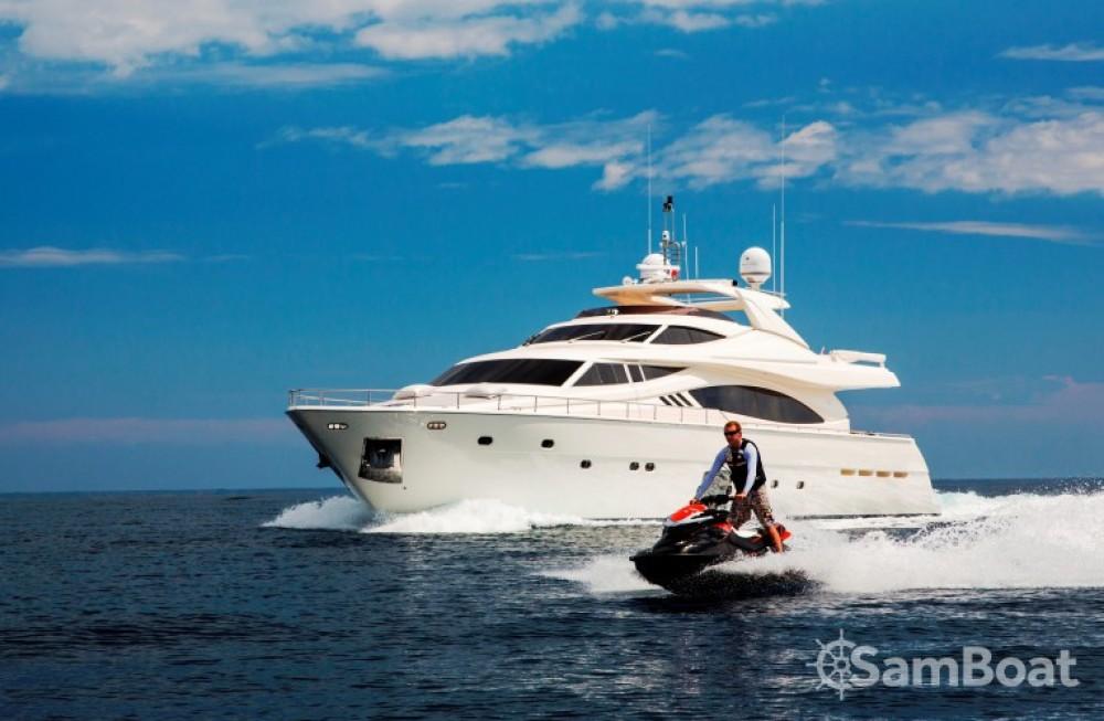 Ferretti 27 te huur van particulier of professional in Saint-Tropez