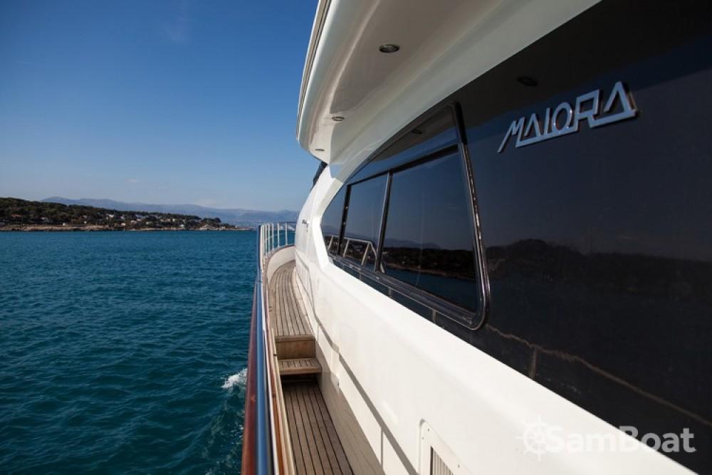 Huur een Maiora 20 in Cannes