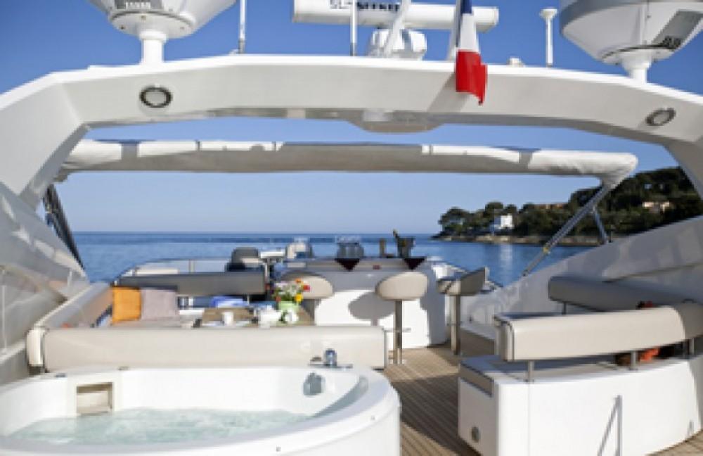 Jachthuur in Saint-Tropez - Sunseeker 28 via SamBoat