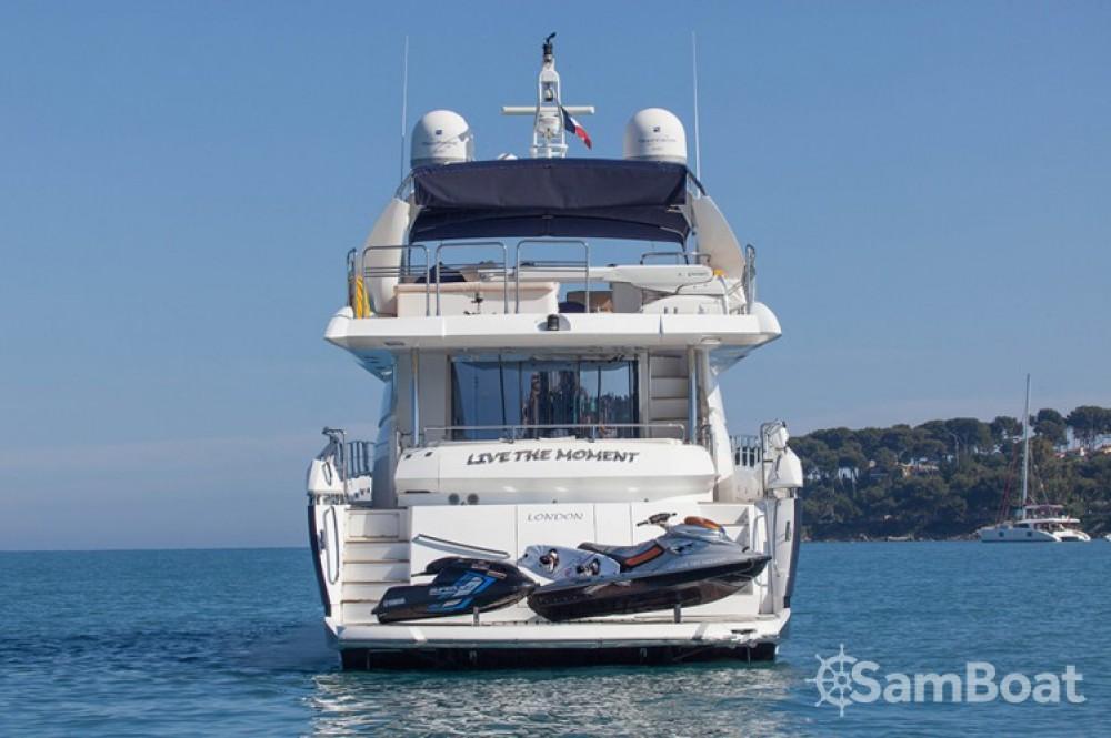 Sunseeker 28 te huur van particulier of professional in Saint-Tropez