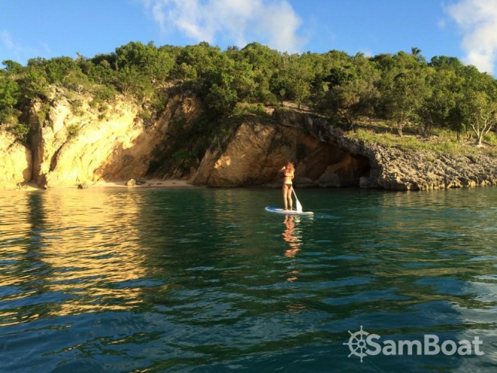 Huur een Lagoon Lagoon 380 in Martinique