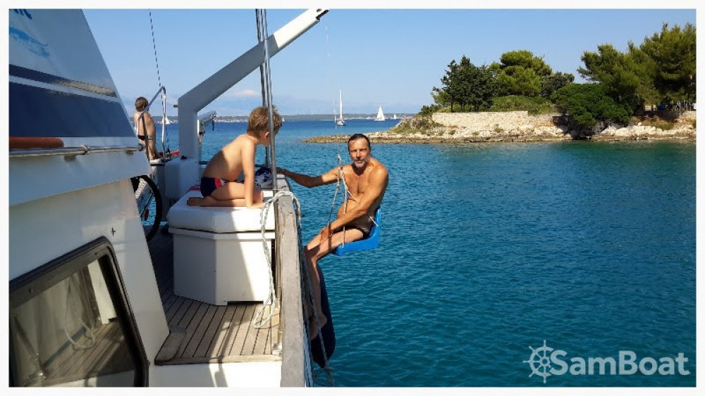Bootverhuur Grad Zadar goedkoop Wheelchair accessible boat