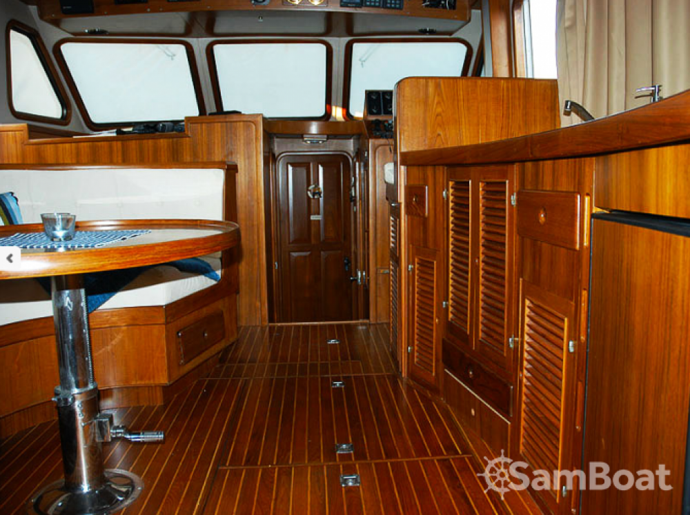 Verhuur Motorboot in Grad Zadar - Trawler Wheelchair accessible boat