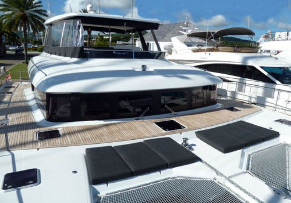 Bootverhuur Μύκονος goedkoop Lagoon 630 Motor Yacht