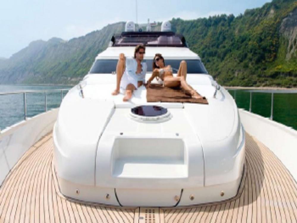 Jachthuur in Athene - Dominator yacht via SamBoat