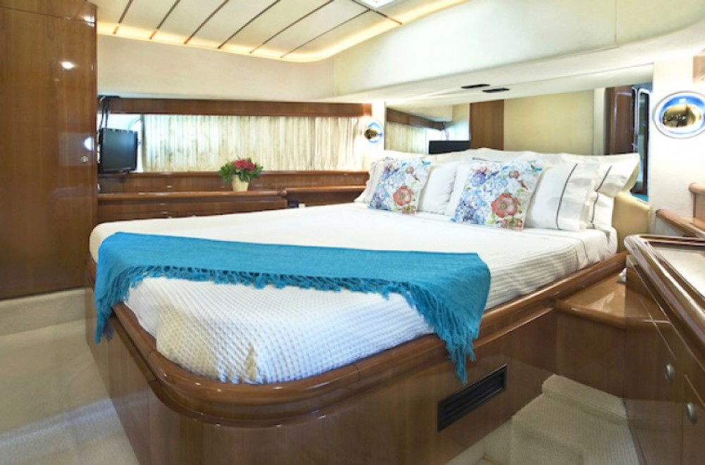 Verhuur Jacht in Athene - Ferretti yacht