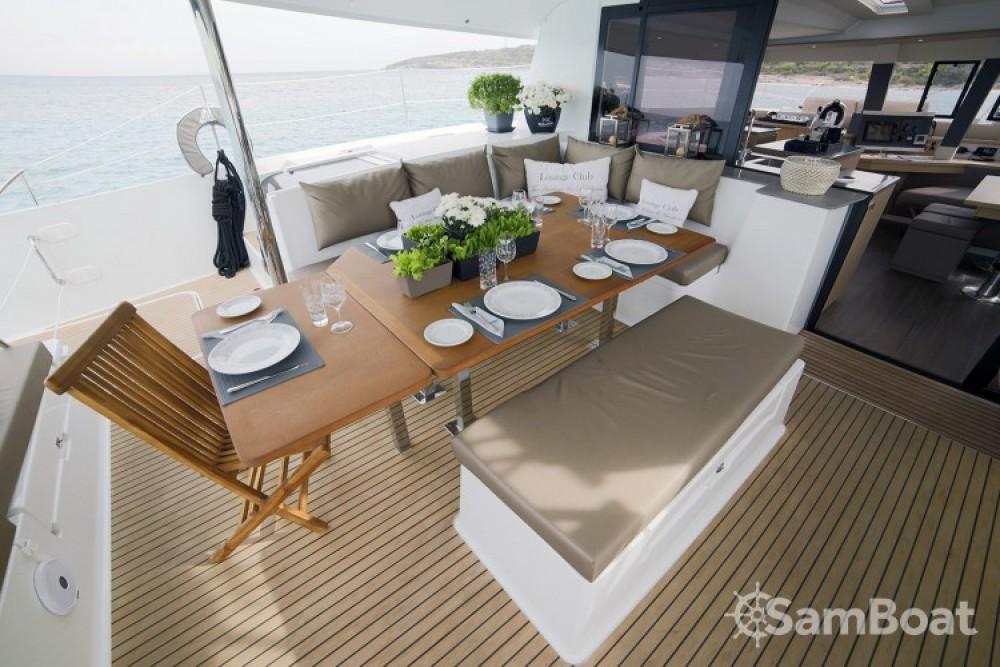 Verhuur Catamaran in Athene - Fountaine Pajot Berret