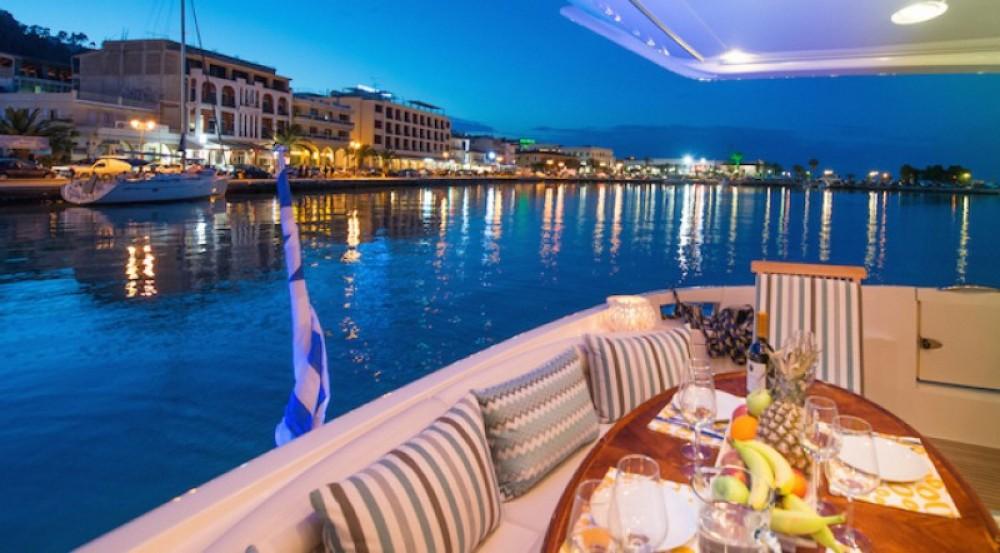 Bootverhuur Azimut yacht in Zakynthos via SamBoat