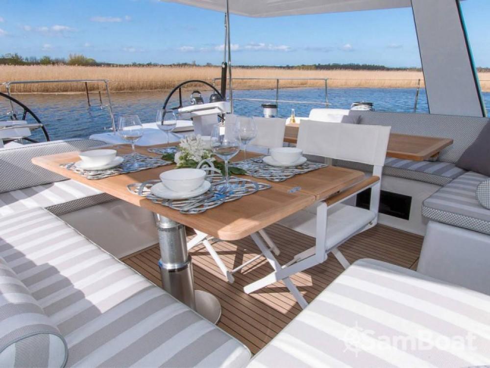 Huur een Hanse yacht in Athene