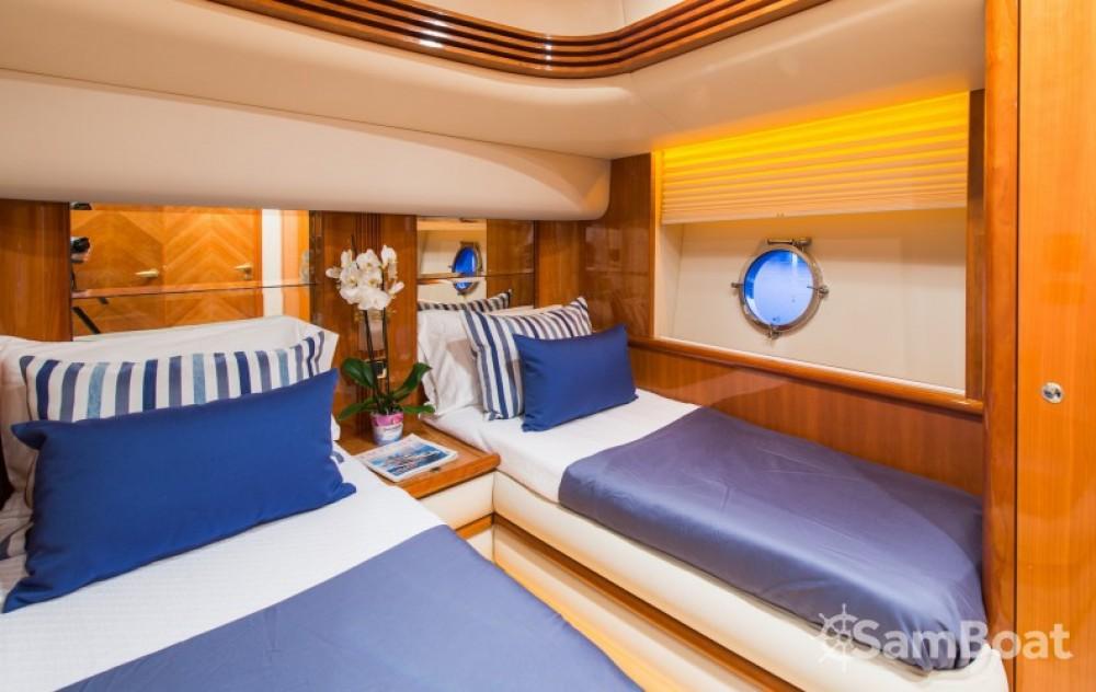 Verhuur Jacht in Zakynthos - Azimut yacht