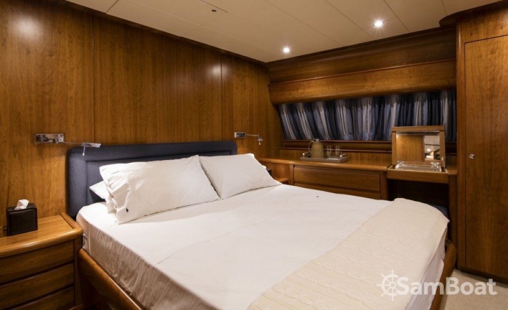 Canados yacht te huur van particulier of professional in Athene