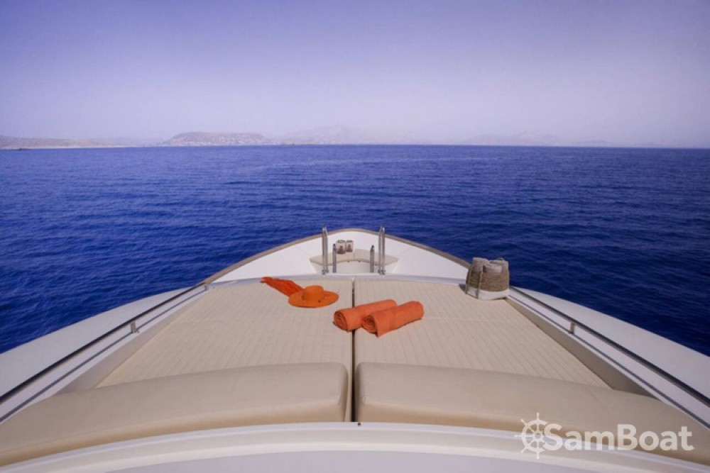 Ferretti yacht te huur van particulier of professional in Athene