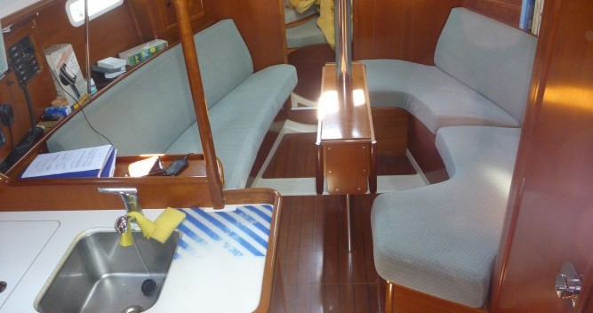 Bootverhuur Provincia di Olbia-Tempio goedkoop Oceanis 331 Clipper
