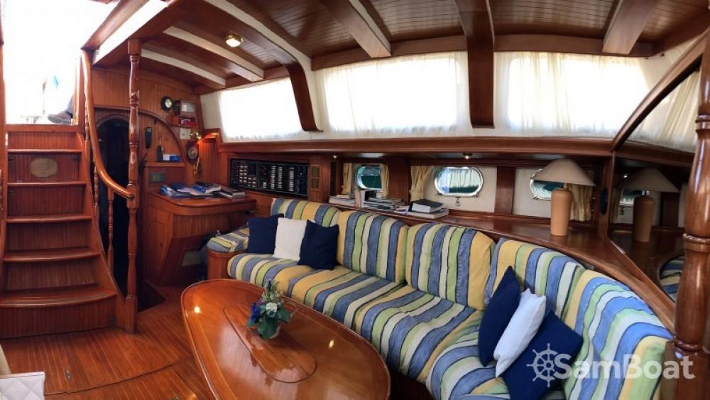 Jachthuur in  - Ta Chiao Scorpio 72 via SamBoat