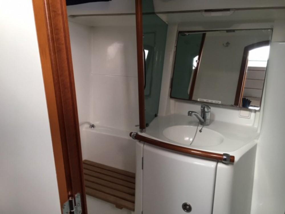 Jachthuur in  - Bénéteau Oceanis 361 Clipper via SamBoat