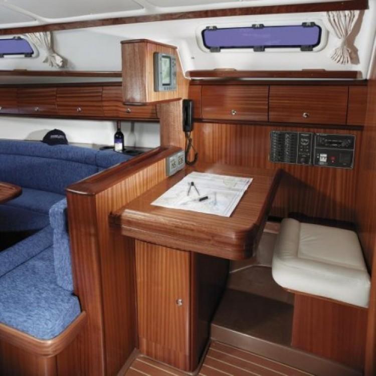 Bootverhuur Bavaria Cruiser 38 in Grimaud via SamBoat