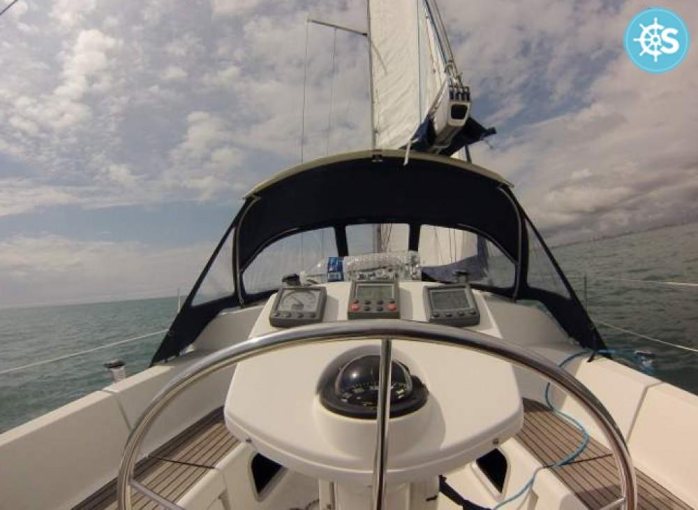 Jachthuur in Les Sables-d'Olonne - Jeanneau Sun Odyssey 35 via SamBoat