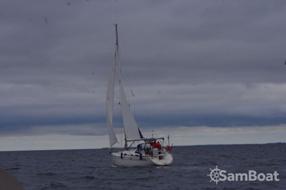 Huur een Bavaria Bavaria 30 Cruiser in La Rochelle