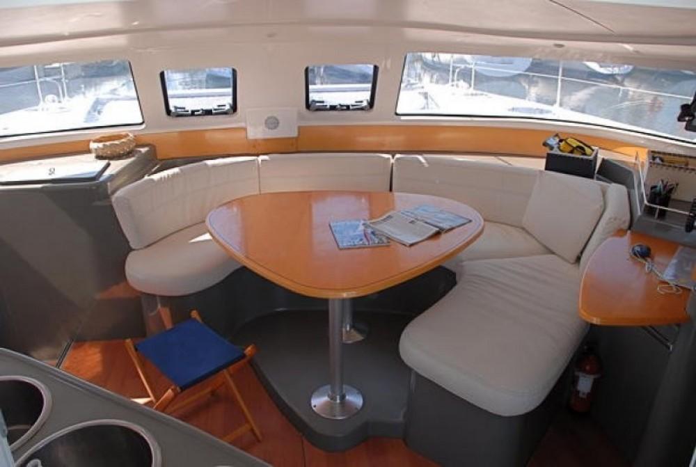 Catamaran te huur in Porto-Vecchio voor de beste prijs