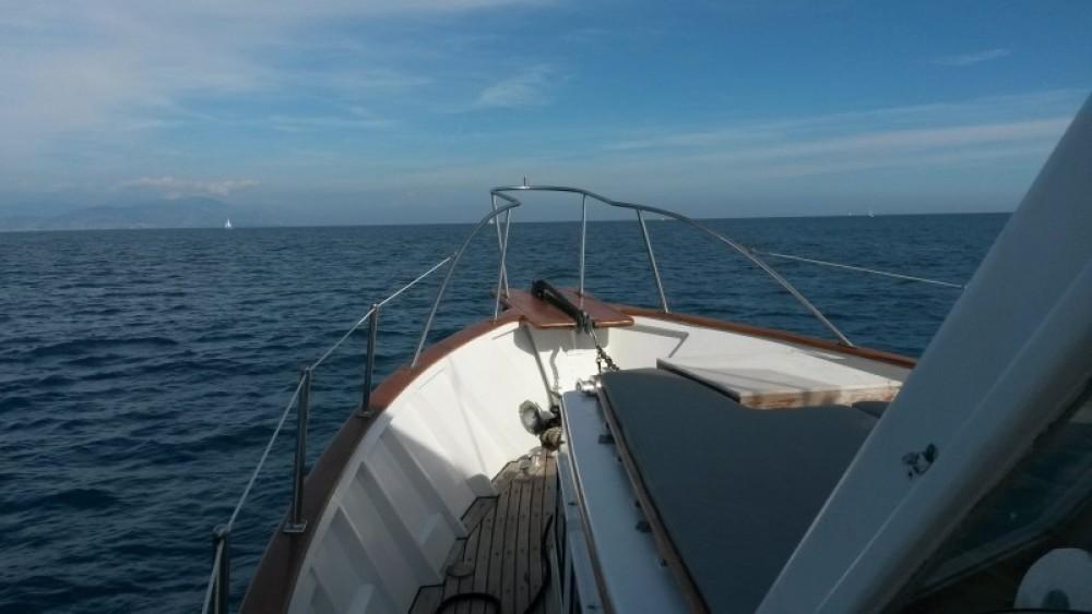 Motorboot te huur in Villeneuve-Loubet voor de beste prijs