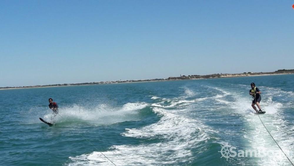 Huur Motorboot met of zonder schipper Quicksilver in La Rochelle