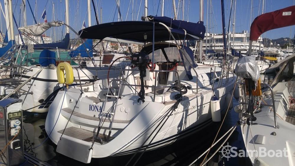 Huur een Jeanneau Sun Odyssey 36i in Cannes