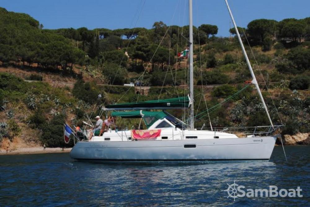 Jachthuur in Golfe-Juan - Bénéteau Oceanis 36 CC via SamBoat