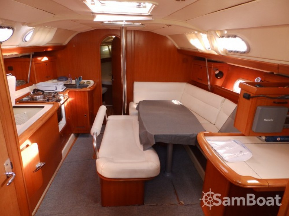 Zeilboot te huur in Saint-Mandrier-sur-Mer voor de beste prijs