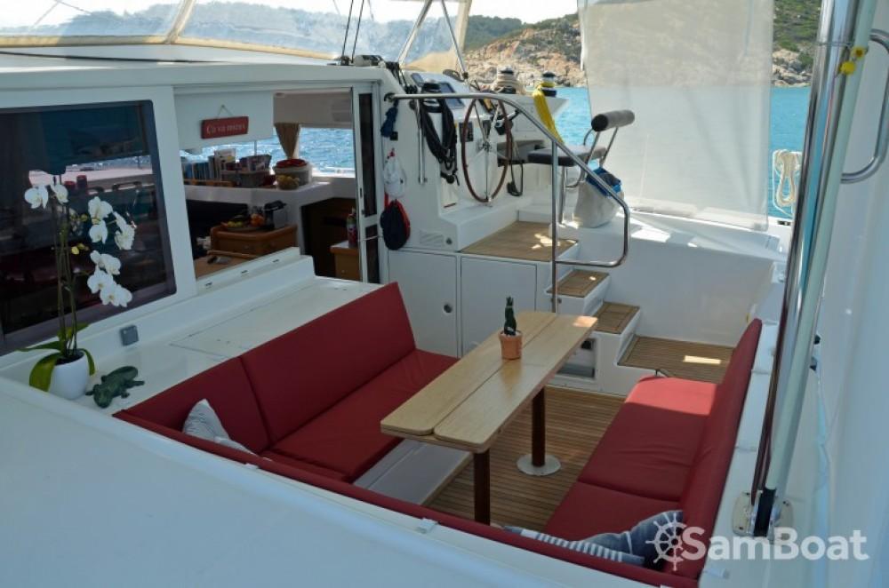 Bootverhuur Port Grimaud goedkoop Lagoon 420