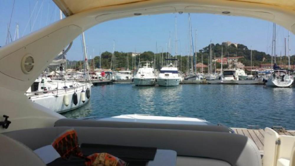 Bootverhuur Cranchi Endurance 39 in Toulon via SamBoat