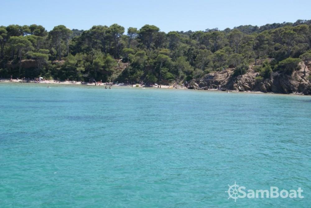 Huur een Cranchi Endurance 39 in Toulon