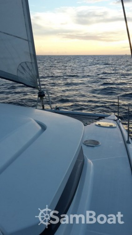 Fountaine Pajot Mahe 36 te huur van particulier of professional in Baie-Mahault