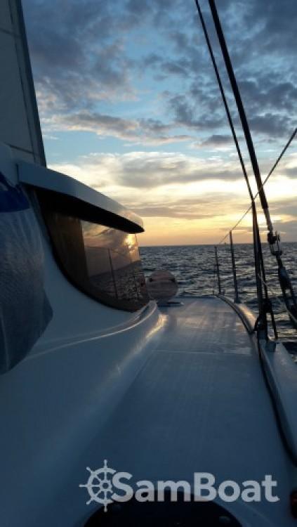 Catamaran te huur in Baie-Mahault voor de beste prijs