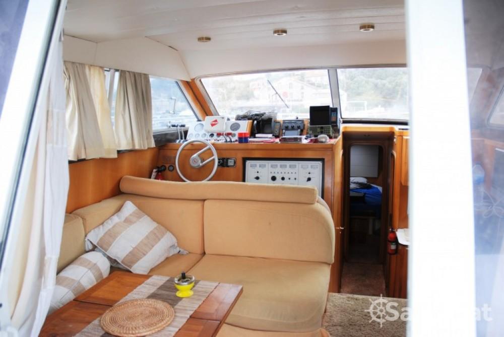 Verhuur Motorboot Mochi Craft met vaarbewijs