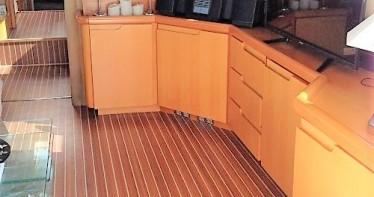 Huur Motorboot met of zonder schipper Guy Couach in Port Grimaud