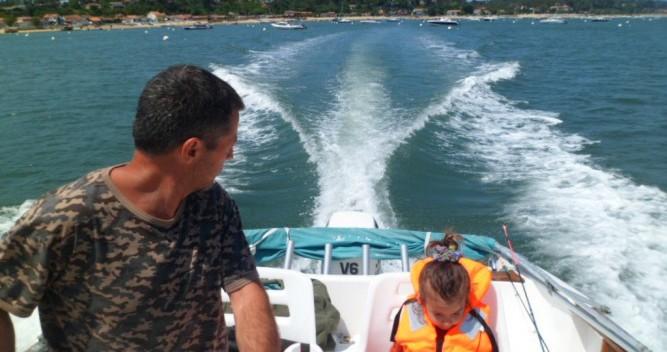 Motorboot te huur in L'Herbe voor de beste prijs