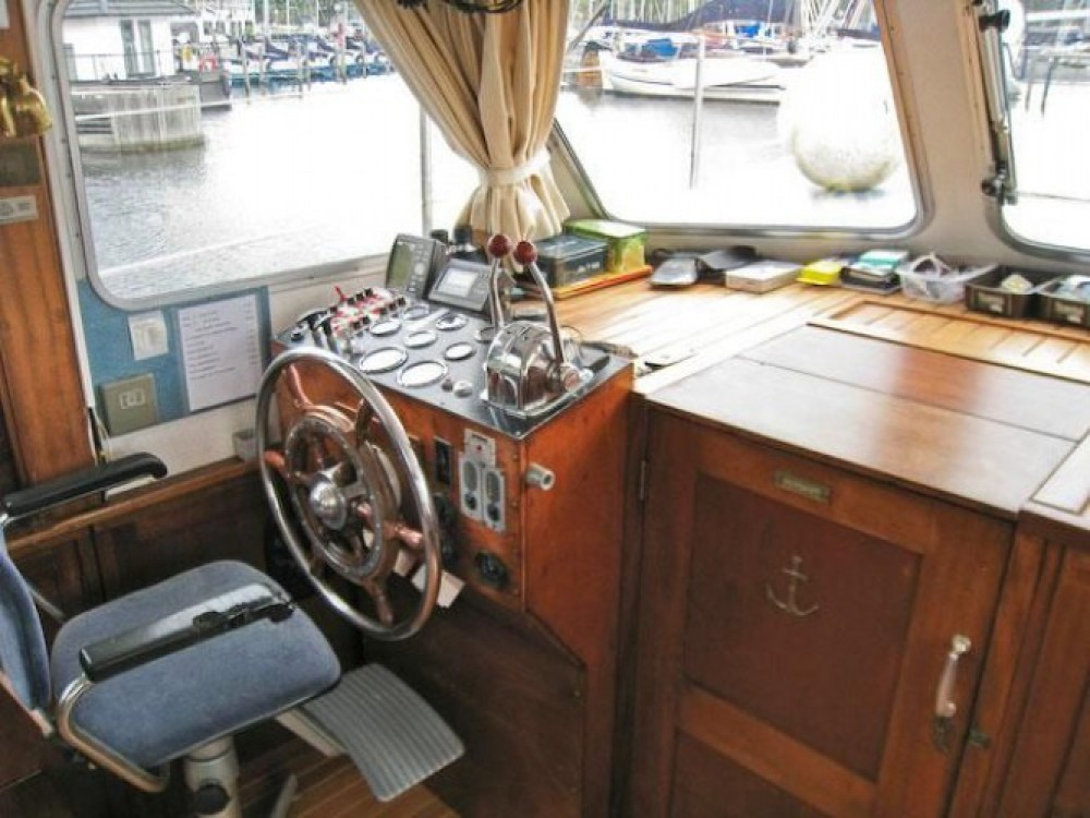 Bootverhuur Kompier Kruiser AK in Nantes via SamBoat